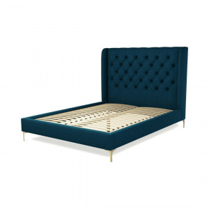 Custom MADE Romare kingsizebed, marineblauw wol met poten van messing