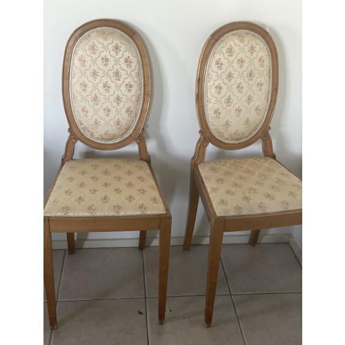 Vintage /antieke stoeltjes afbeelding