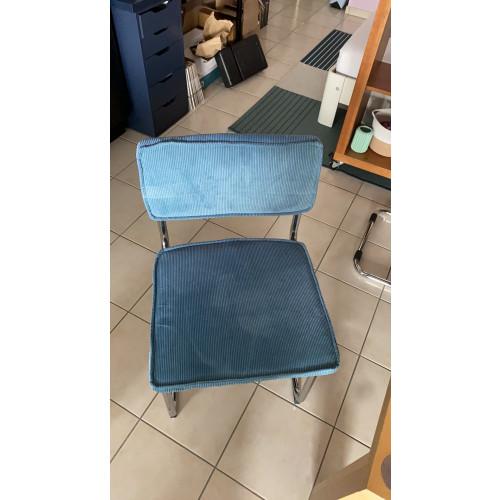 Eettafel met vier stoelen afbeelding 3