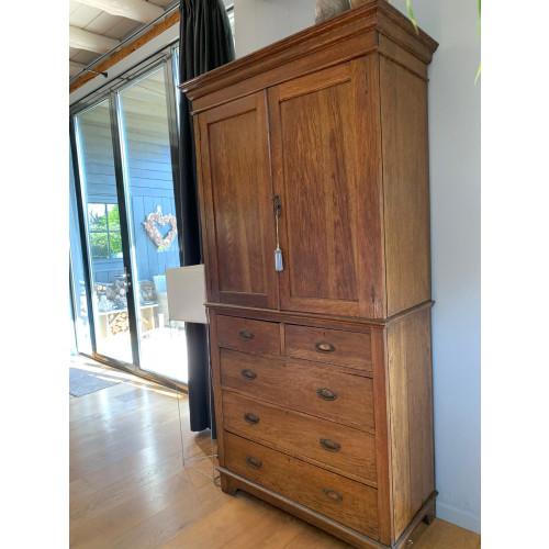 Antiek eikenhouten kabinet afbeelding 2
