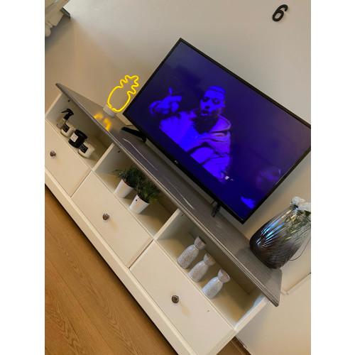 Tv kast afbeelding