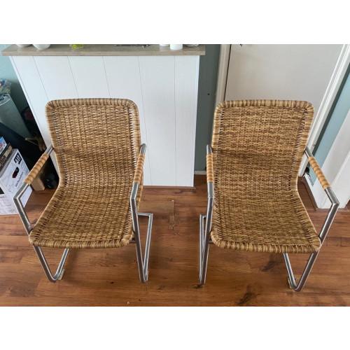 Rieten stoelen afbeelding