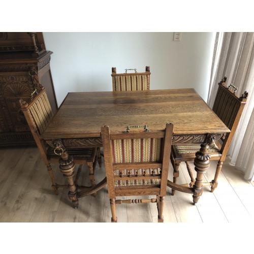 Oude antieke Mechelse tafel inclusief 4 stoelen afbeelding