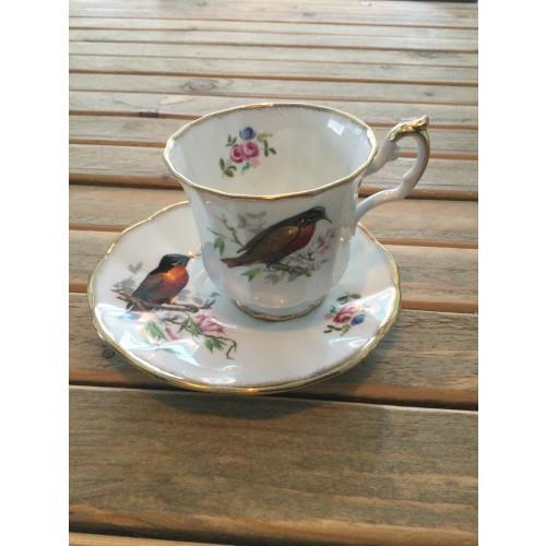 Kop en schotel van Elizabethan fine bone china england afbeelding