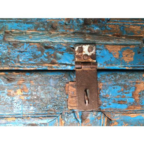 Unieke felblauwe teakhouten kast afbeelding 3