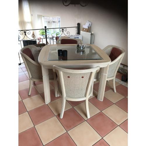 Eethoek plus 4 stoelen afbeelding