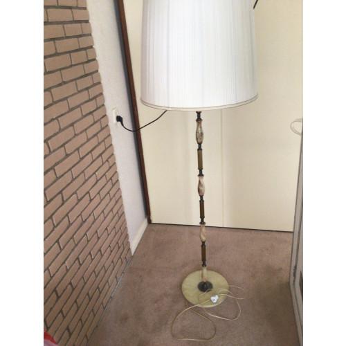Vintage marmeren/messing staande vloerlamp afbeelding