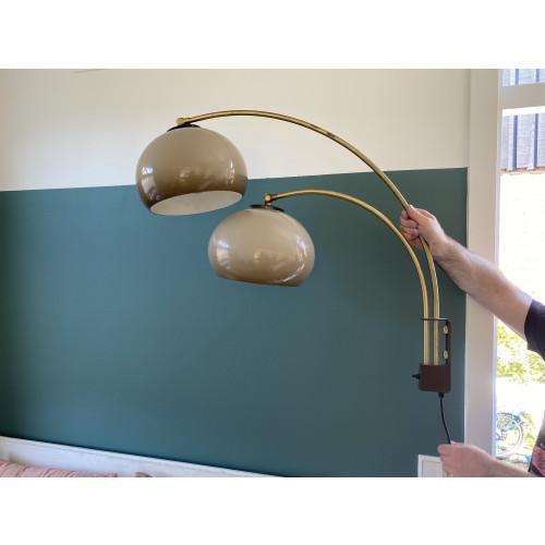 Wandlamp met twee bollen afbeelding
