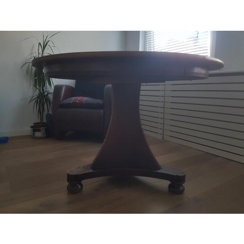 Mooie ronde houten tafel afbeelding 2