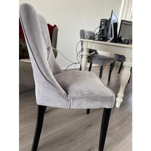 Grijze stoelen afbeelding
