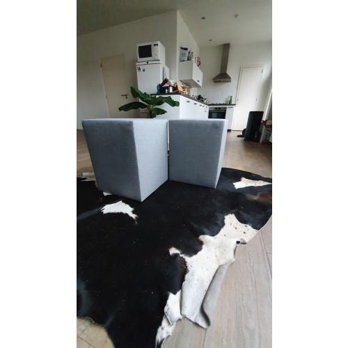 2x Hocker / Poef past in slaapkamer en woonkamer afbeelding